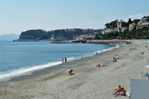 Strand in Celle Ligure